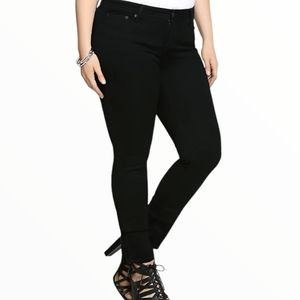 Torrid black skinny jeans size 16r